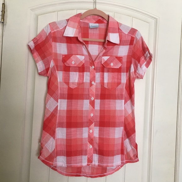 Columbia Short Sleeve Blouse Coral Plaid Size S